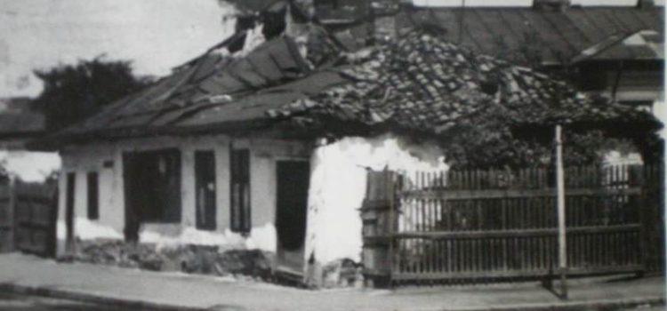 Casă veche cu olane – strada Transilvaniei, 1970.