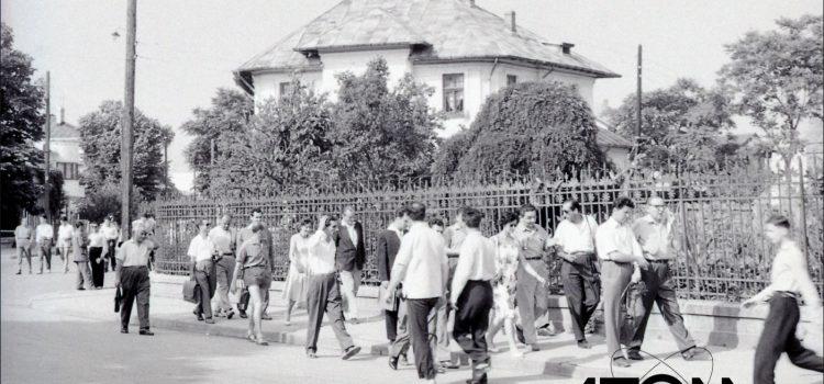 Angajatii DSAPC la sfarsit de program – foto 1963