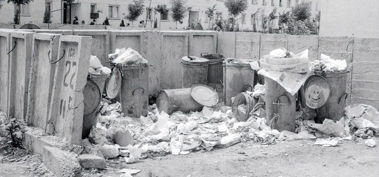 Cum se colecta gunoiul odinioara – foto 1973