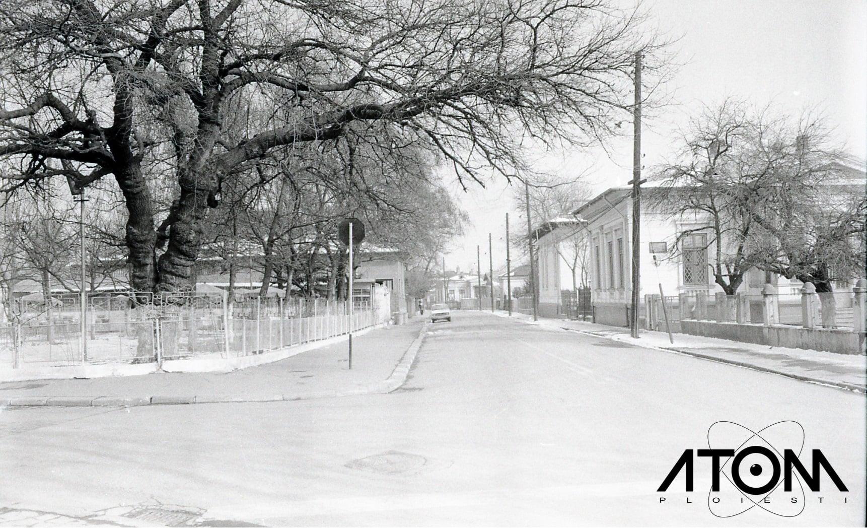 Intersecția străzilor Miciurin și Anul 1848 – foto 1979